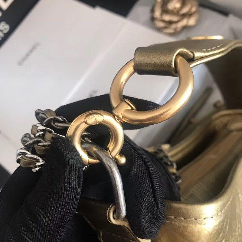 BOLSA CHANEL GABRIELLE CROCO SMALL HOBO BAG A91810