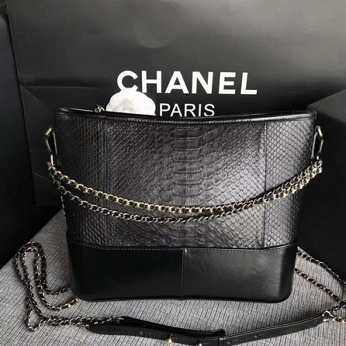 BOLSA CHANEL GABRIELLE SHOULDER BAG PYTON LEATHER A93842