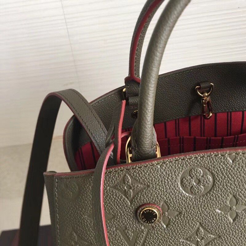 Bolsa Louis Vuitton Montaigne