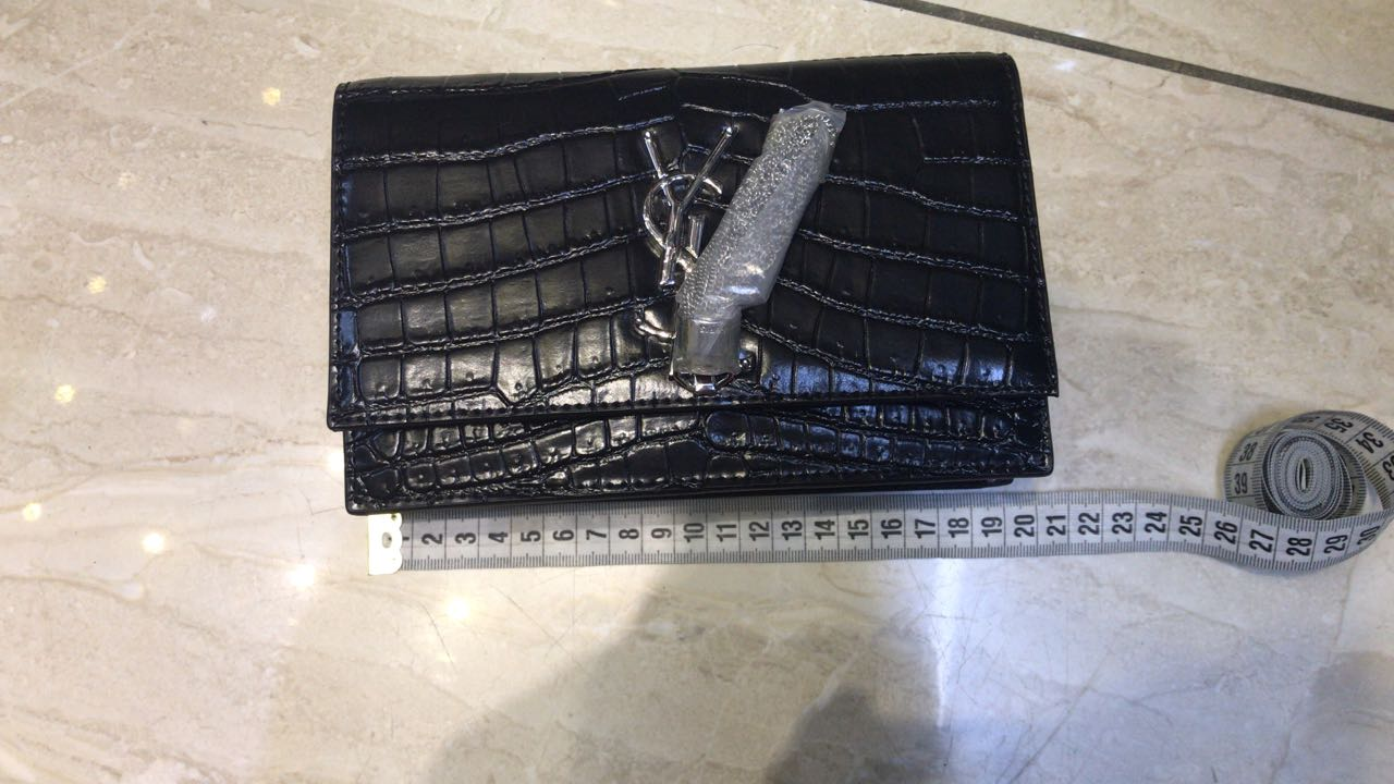 Bolsa YSL Tassel Croco