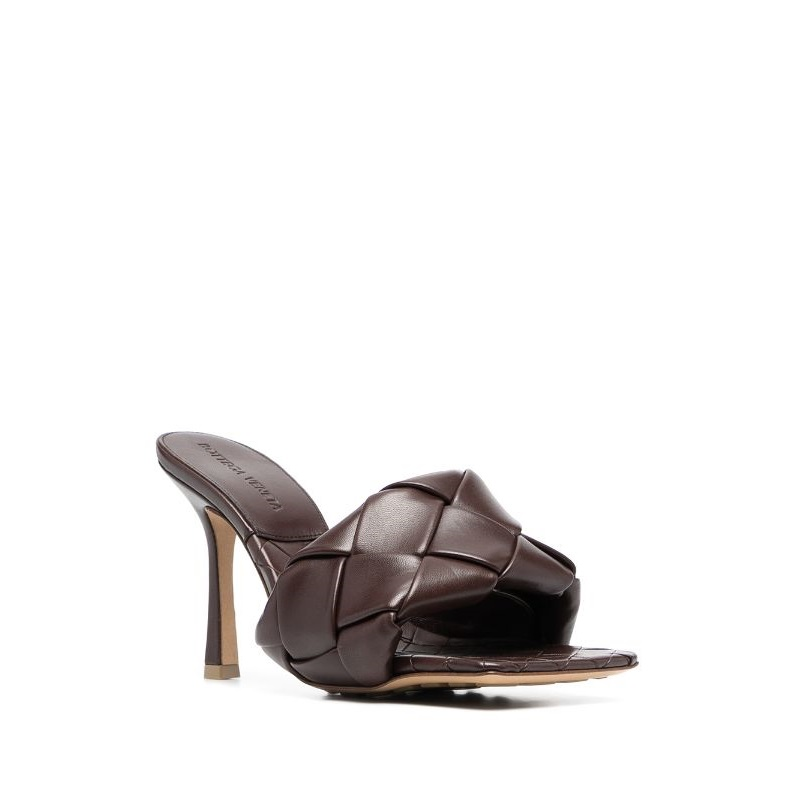 BOTTEGA VENETA LIDO FLAT LEATHER SANDALS