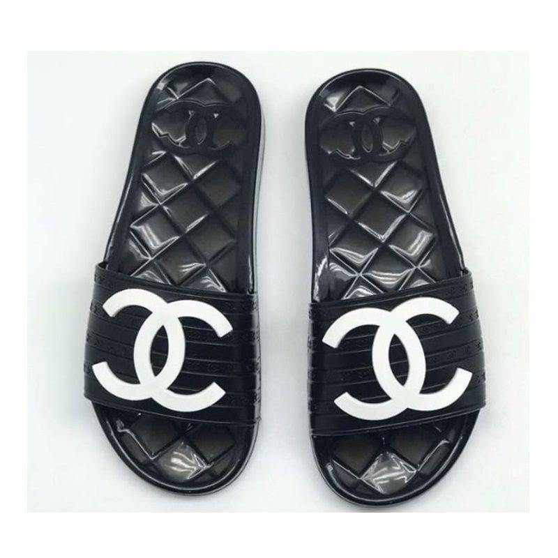 SANDÁLIA CHANEL GLOSSY TRANSPARENT CC LOGO POOL SLIDES MULES