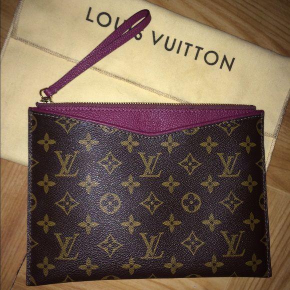 Pochette Louis Vuitton Pallas