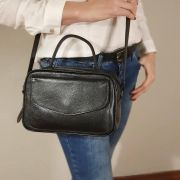 Bolsa Baú de Couro Preto - Cintos Exclusivos - Feminino