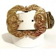 Cinto de Couro   com fivela dourada Arabesco e ponteira - 4 cm - Feminino