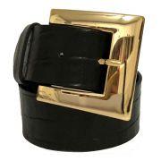 Cinto de Couro Croco Preto com Fivela Dourada  - 4 cm - Cintos Exclusivos - Feminino