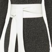 Lançamento - Cinto Faixa  Largo de Couro Branco  -  9 cm - Cintos Exclusivos VC - Feminino