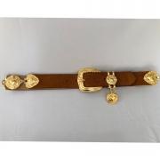 Lançamento - Cinto de Couro Camurça com detalhe fivela e ponteira dourada para cintura alta arabesco   - 4,0- cm