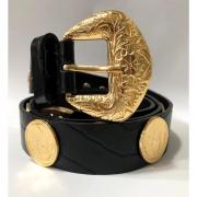 Lançamento - Cinto de Couro Preto  com  apliques dourado de medalha   - 3cm - Feminino