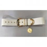 Lançamento - Cinto Largo de Couro branco com medalha - 6cm - Feminino