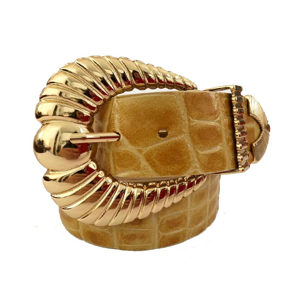 Cinto de Couro Croco Caramelo Claro com fivela e ponteira dourada - 3,5 - cm - Cintos Exclusivos - Feminino