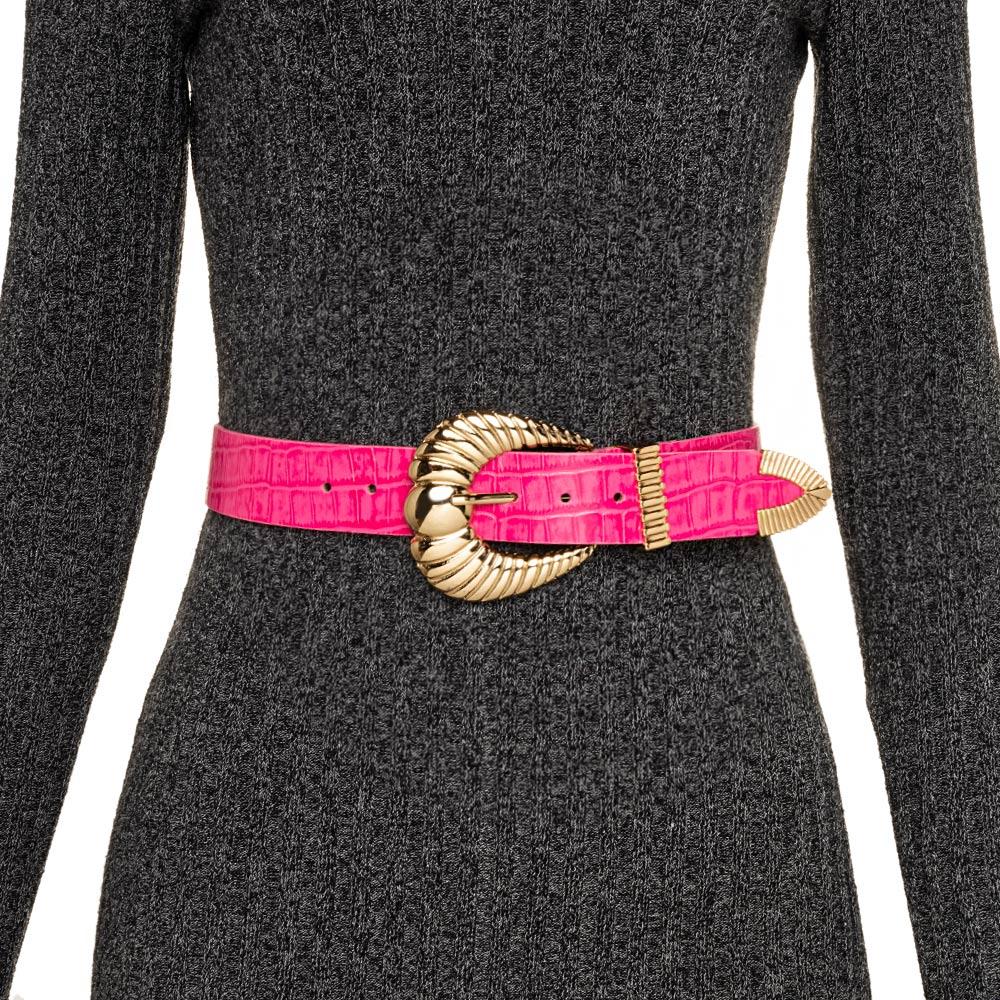 Cinto de Couro Croco Rosa Pink com fivela concha e ponteira dourada - 3,5 - cm - Cintos Exclusivos VC - Feminino