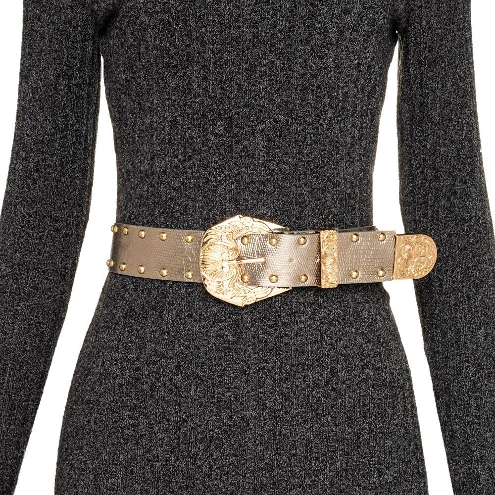 Cinto de Couro Dourado com  tachas  - 3,5 cm - Cintos Exclusivos - Feminino