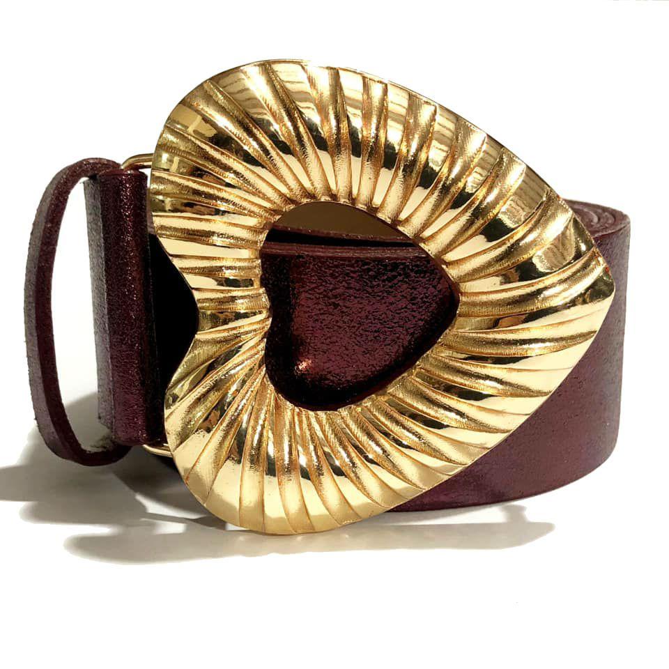 Cinto de Couro Vinho Metalizado Coração com fivela dourada - 4,0 - cm - Feminino