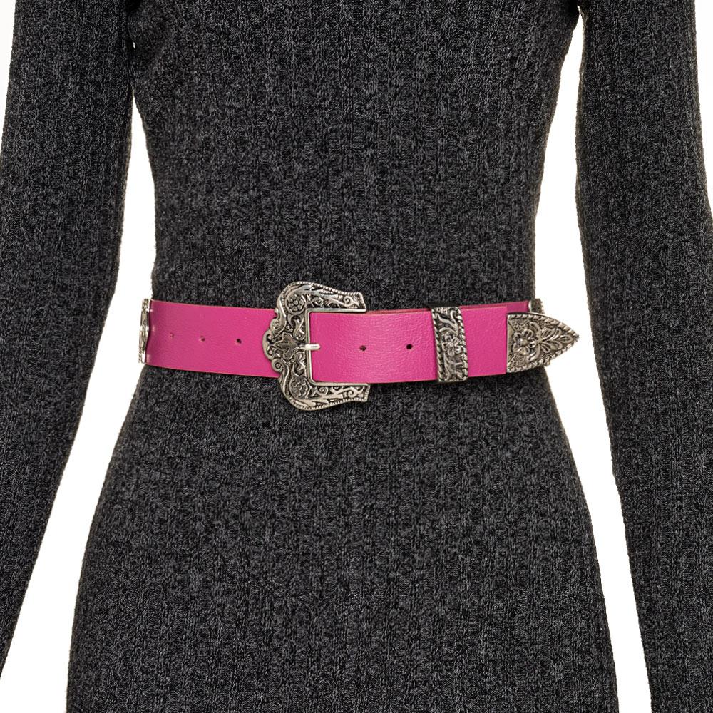 Cinto de Couro Pink com detalhe fivela e ponteira prata para cintura alta arabesco   - 4,0- cm