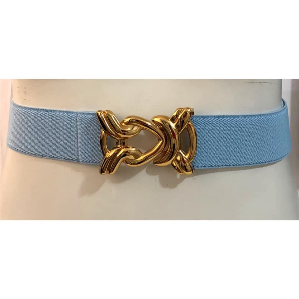 Cinto de Elástico Ajustável Azul Bebê  com Regulagem e Fivela Nó Dourada - Cintos Exclusivos - Feminino