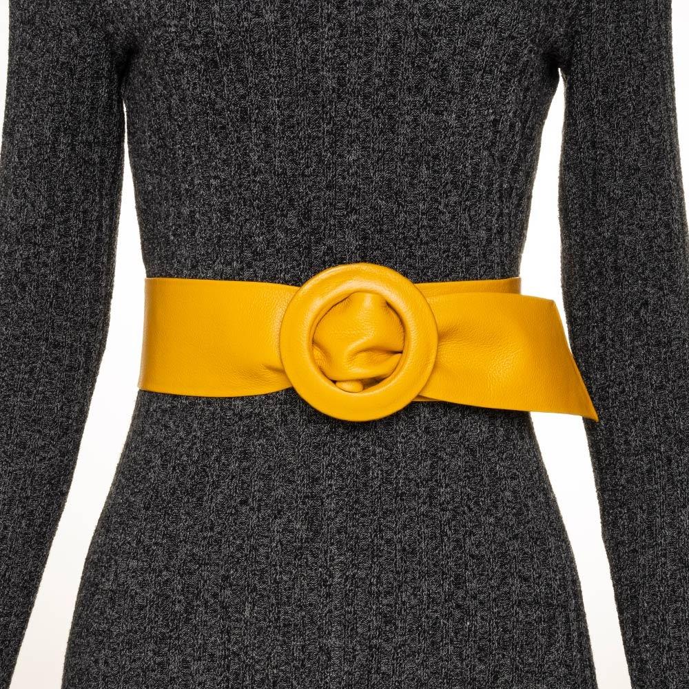 Cinto Faixa  Largo de Couro Amarelo Encapada -  7 cm - Cintos Exclusivos - Feminino
