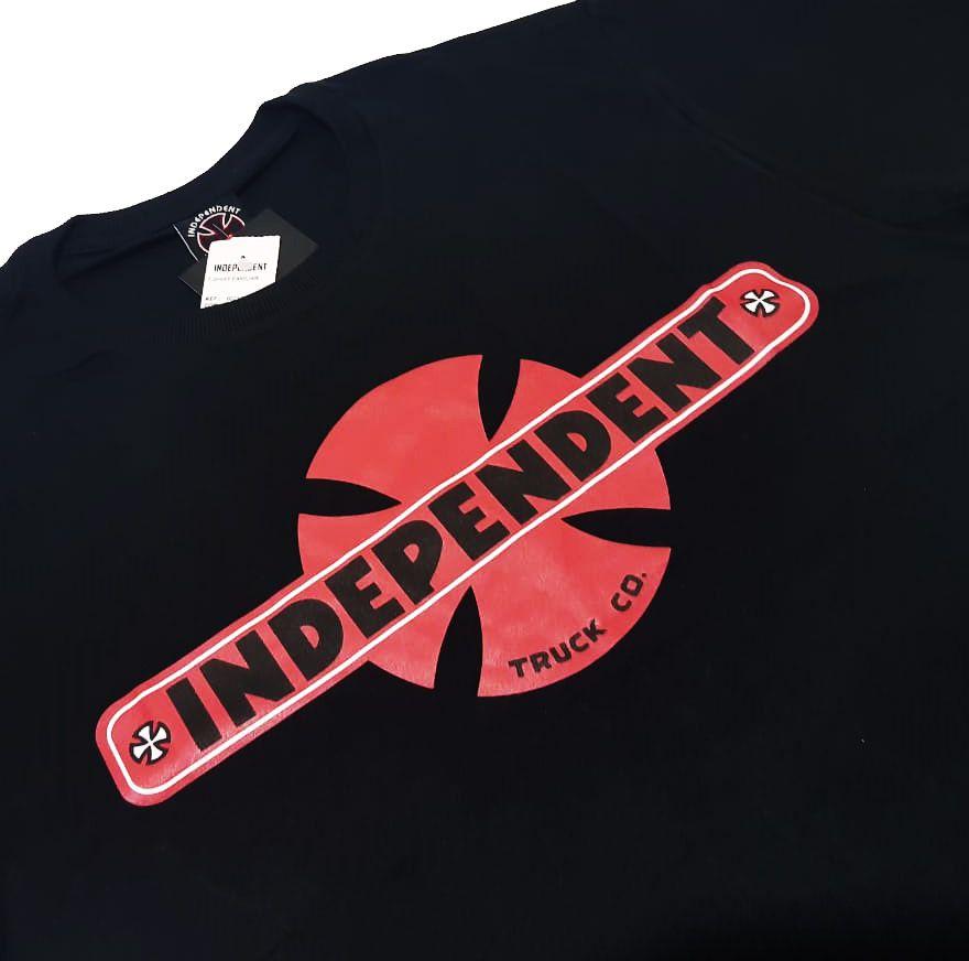 Camiseta Independent Familiar Black