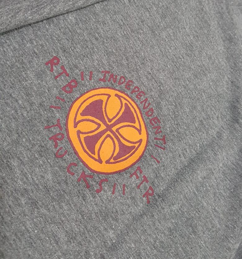 Camiseta Independent Stearns Cyclops Grey