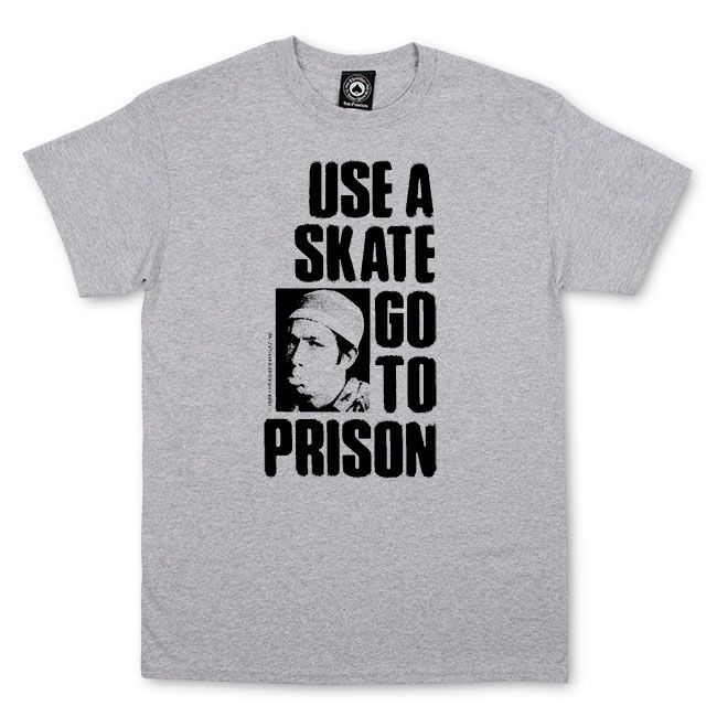 Camiseta Thrasher Magazine Use a Skate Go to The Prision - Cinza Mescla