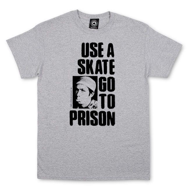Camiseta Thrasher Magazine Use a Skate Go to The Prision Grey