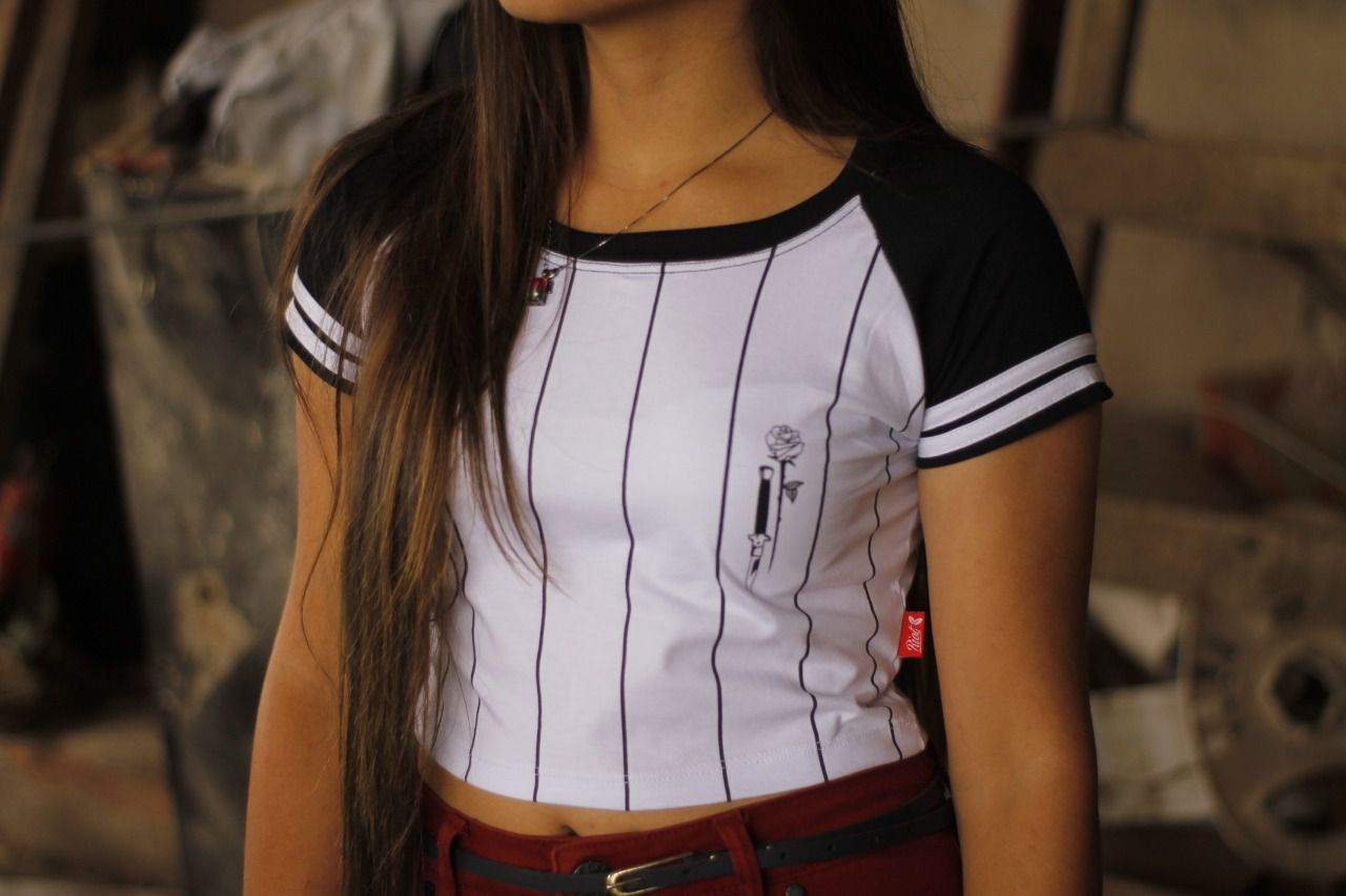 Cropped Riot Dagger Rose White