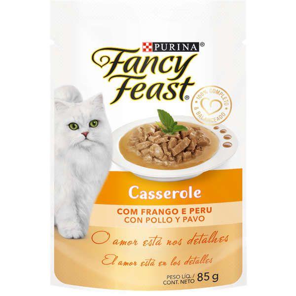 Fancy Feast Sacê Casserole Gatos Adultos Frango e Peru 85g