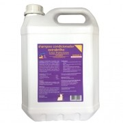 Shampoo Condicionador Extrabrilho para Gatos 5L Linea Profissionale Amici