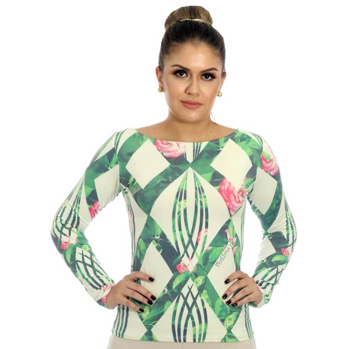 Blusa Feminina com Proteção Solar UV Estampa Geométrica Exclusiva Verde com Flores Decote Canoa