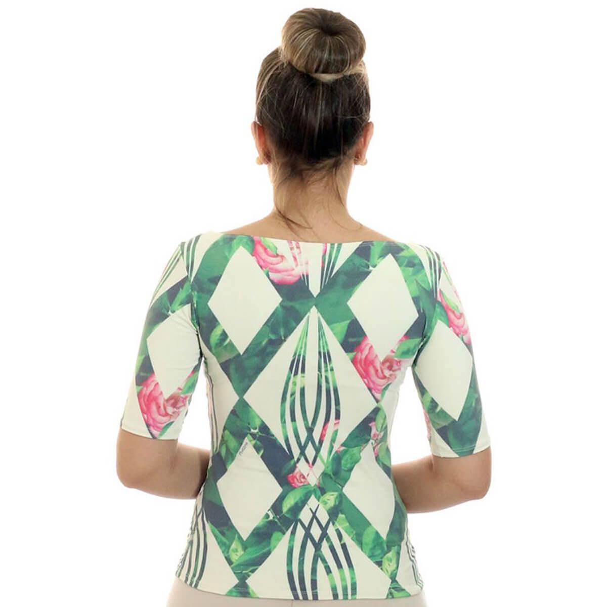 Blusa Feminina com Proteção Solar UV Meia Manga Estampa Geométrica Exclusiva Verde com Flores Decote Canoa