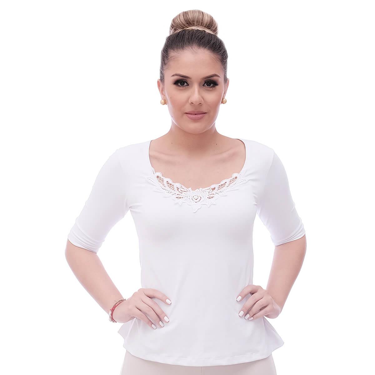 Blusa Feminina Meia Manga Branca Decote Redondo Evasê com Renda Guipir Branca