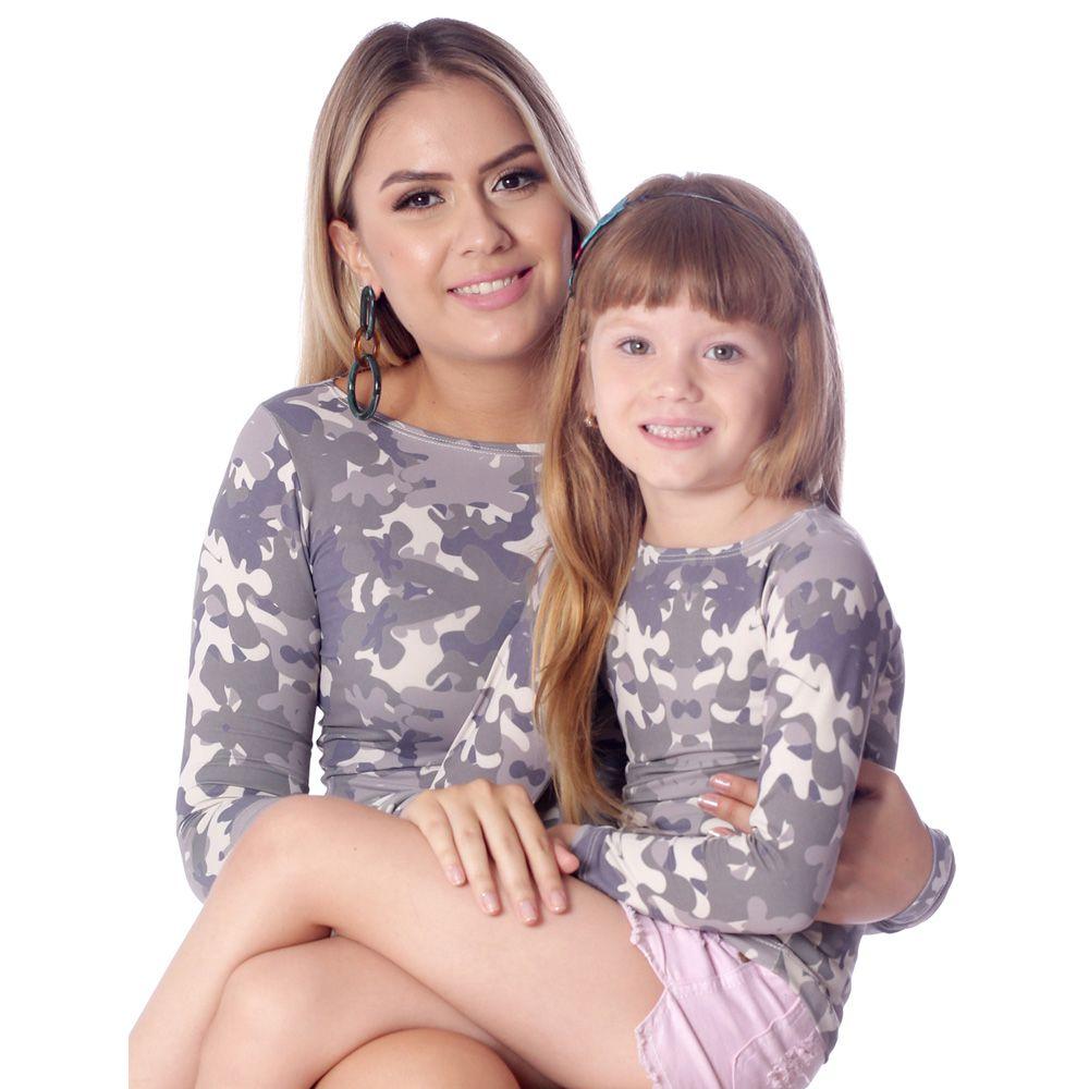 Blusa Infantil com Proteção UV Manga Longa Estampa Camuflada Exclusiva Decote Canoa