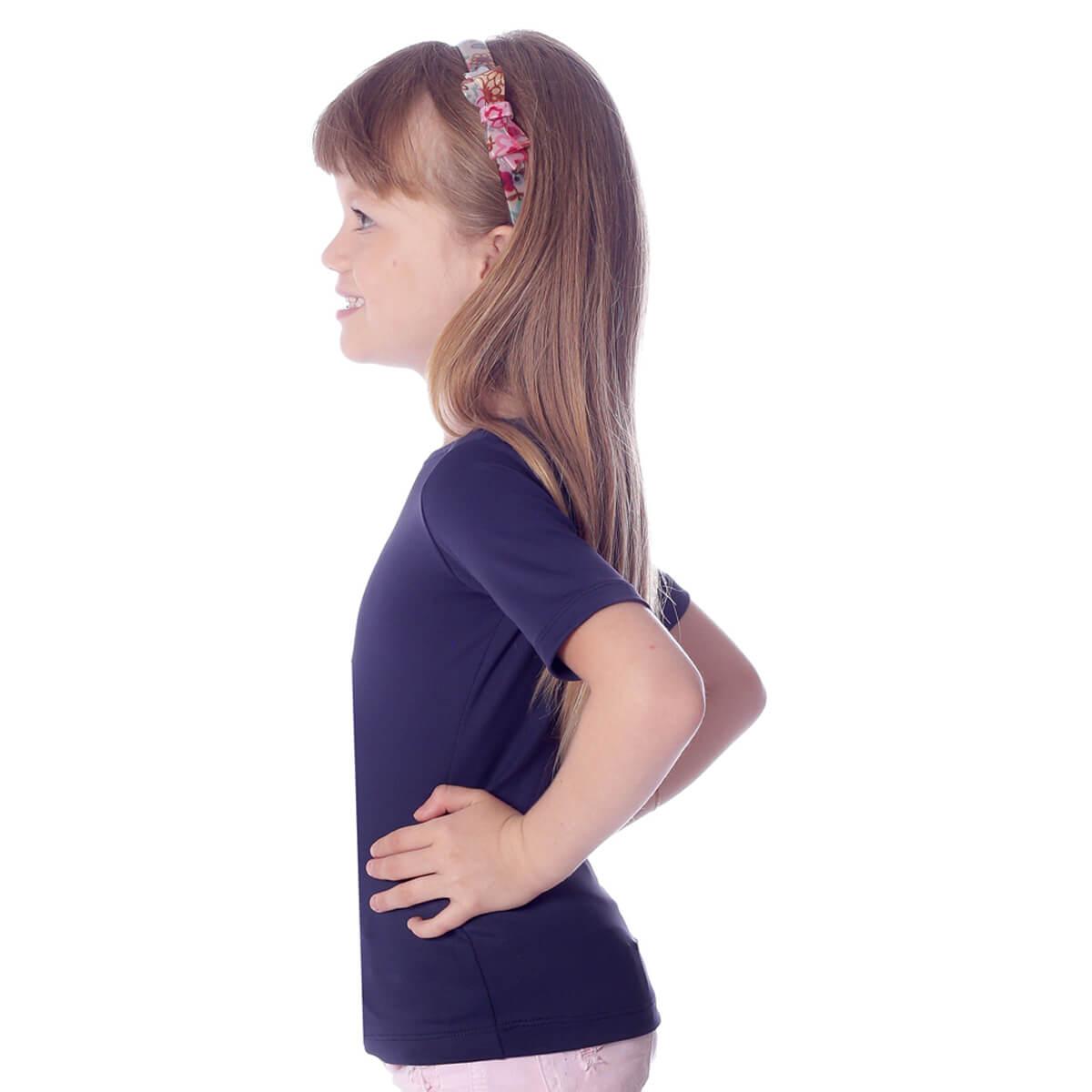 Blusa Infantil Feminina com Proteção UV Azul Marinho Meia Manga Decote Canoa