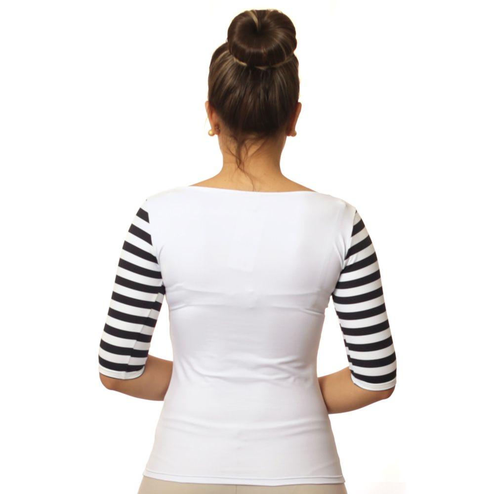 Blusa Feminina Branca com Meia Manga Listrada Decote Canoa