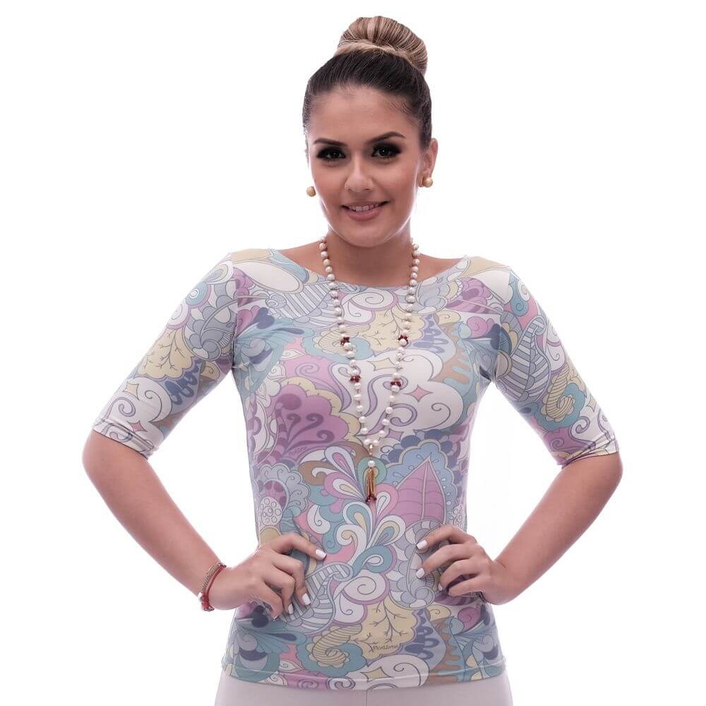 Blusa Feminina Meia Manga com Proteção Solar UV Fashion Estampa Exclusiva Arabescos Decote Canoa