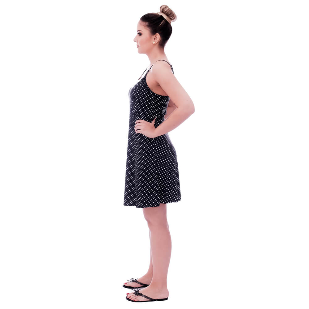 Camisola Feminina de Alça Fina Poá Preto de Bolinhas Brancas com Renda Guipir Branca no Decote