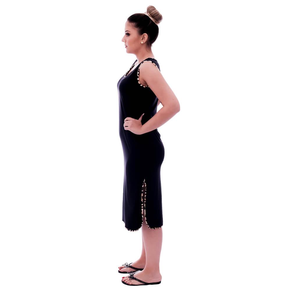 Camisola Feminina Preta Longuete de Alça com Viés Animal Print de Onça