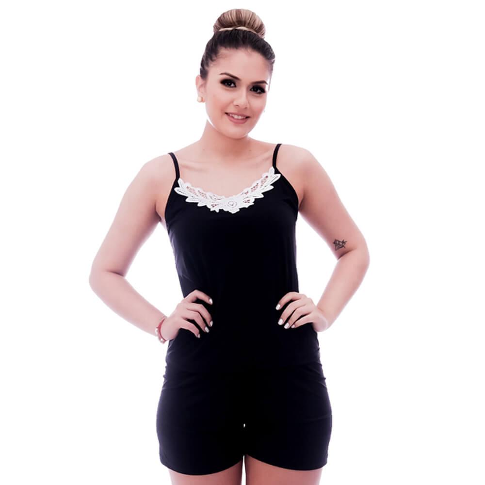 Short Doll de Blusa Alça Fina Preta com Renda Guipir Branca no Decote e Short Preto