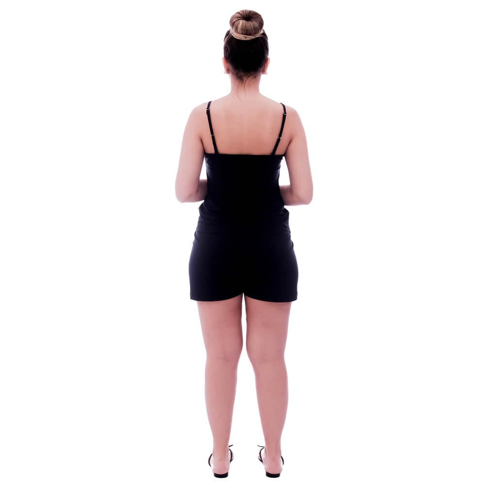 Short Doll de Blusa Alça Fina Preta com Renda Guipir Preta no Decote e Short Preto