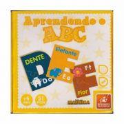 Aprendendo o ABC Brinquedo Educativo Brincadeira de Criança