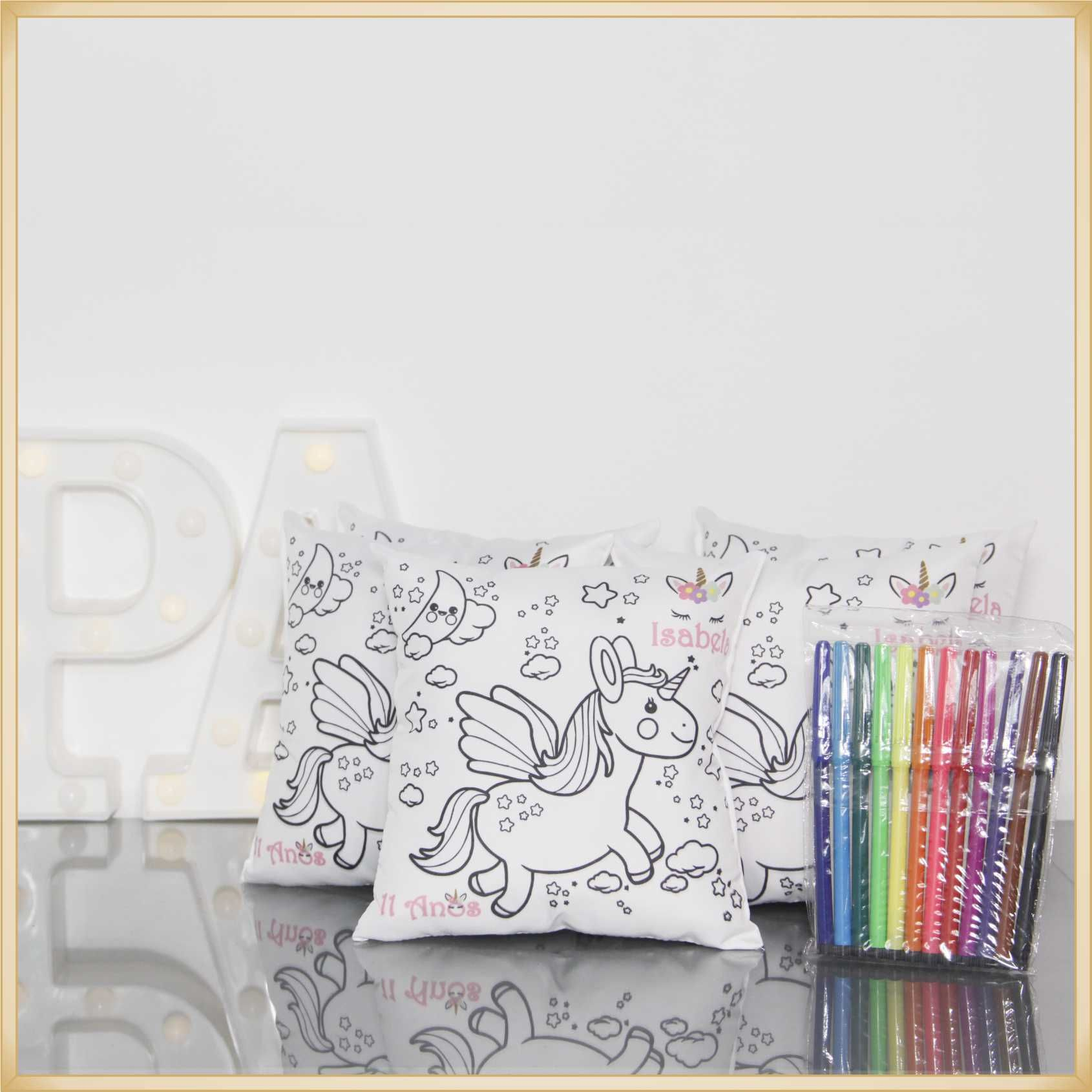 Almofadas para colorir e Pintar Personalizadas para lembrancinhas aniversário - Kit com 15  unidades Tamanho 20x20cm.