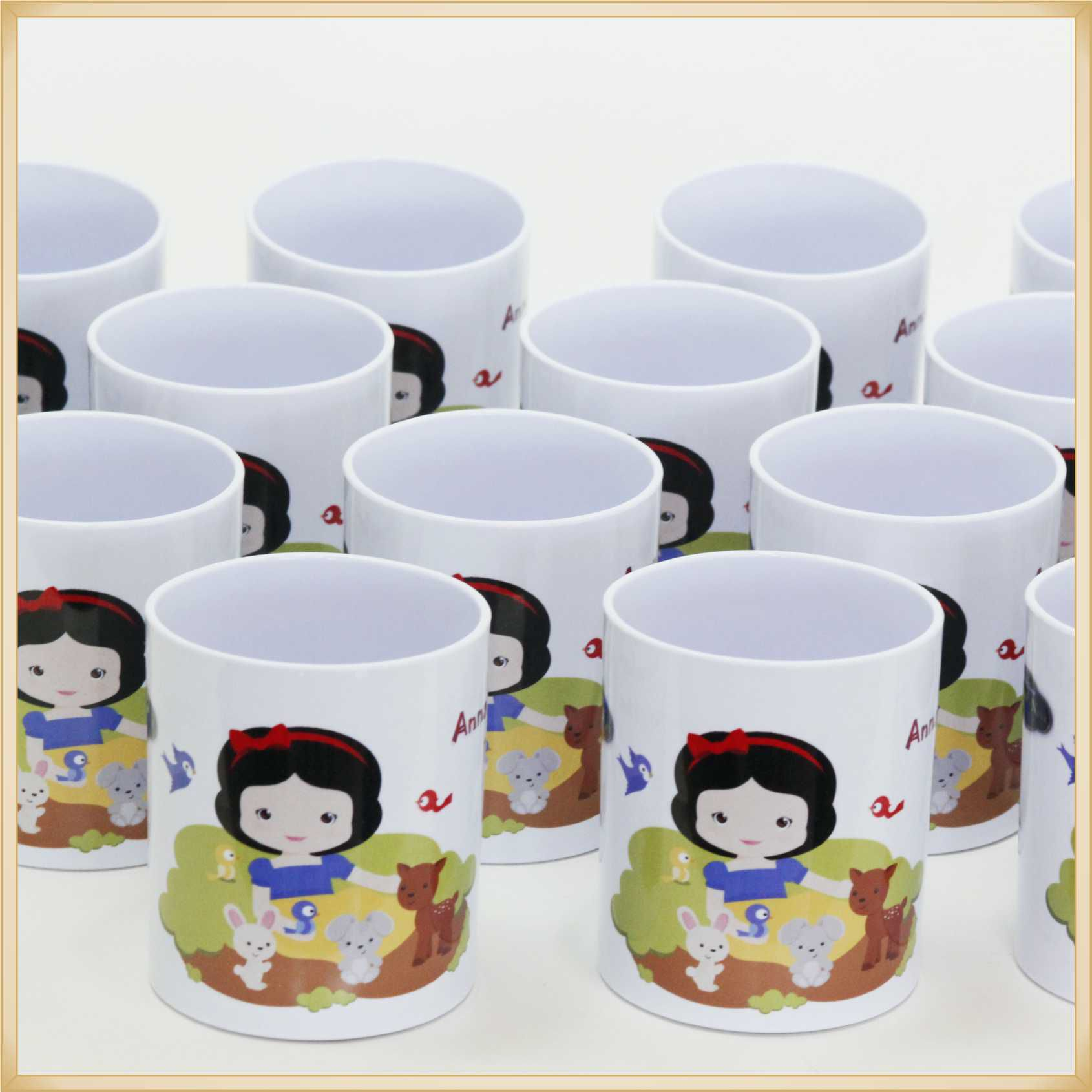 Canecas de Plástico para Lembrancinhas de Aniversário Infantil Brindes Personalizados para Crianças - Kit com 10 unidades