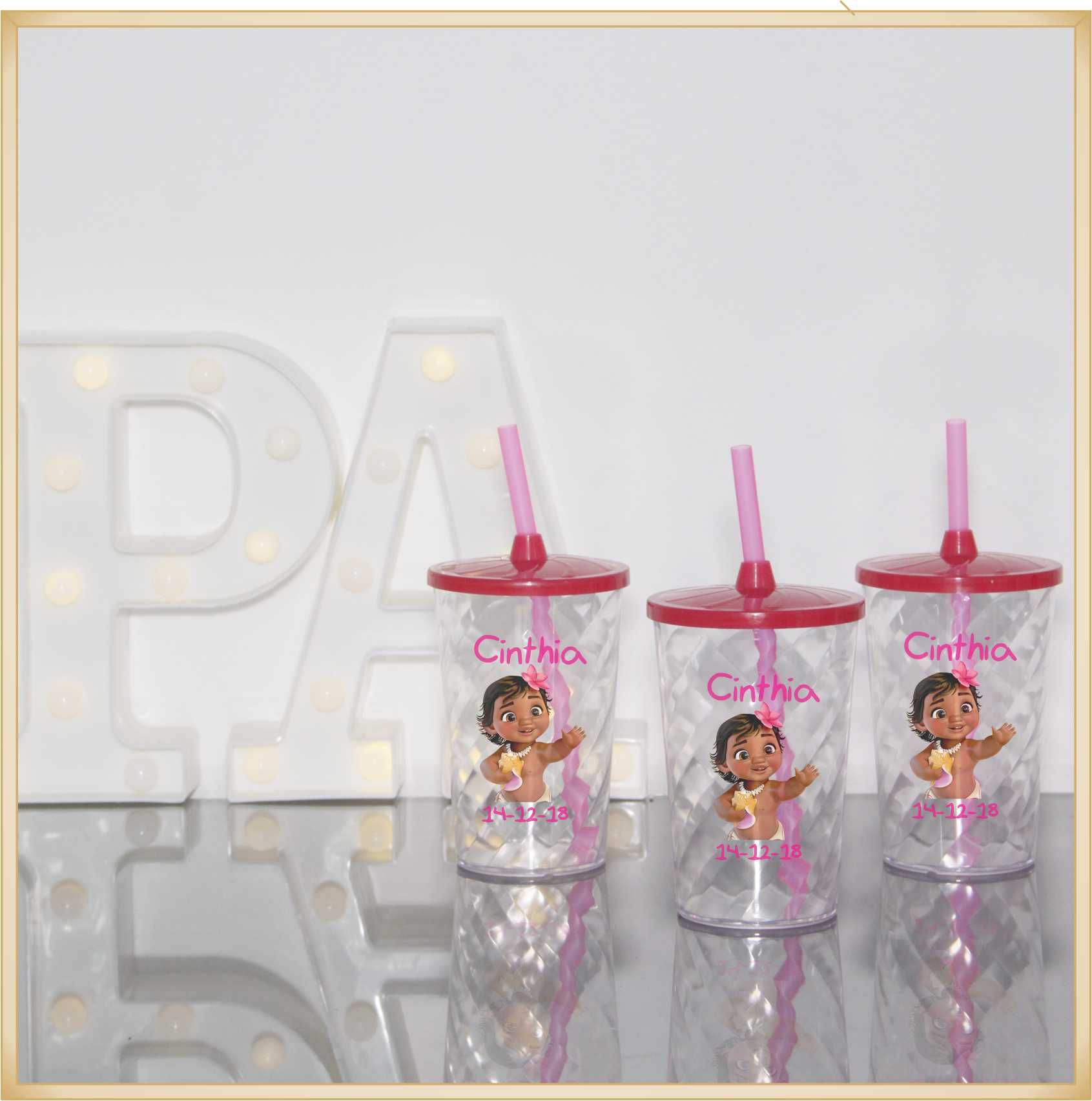 Copos com canudo para lembrancinha de aniversário infantil. - Kit com 50 unidades