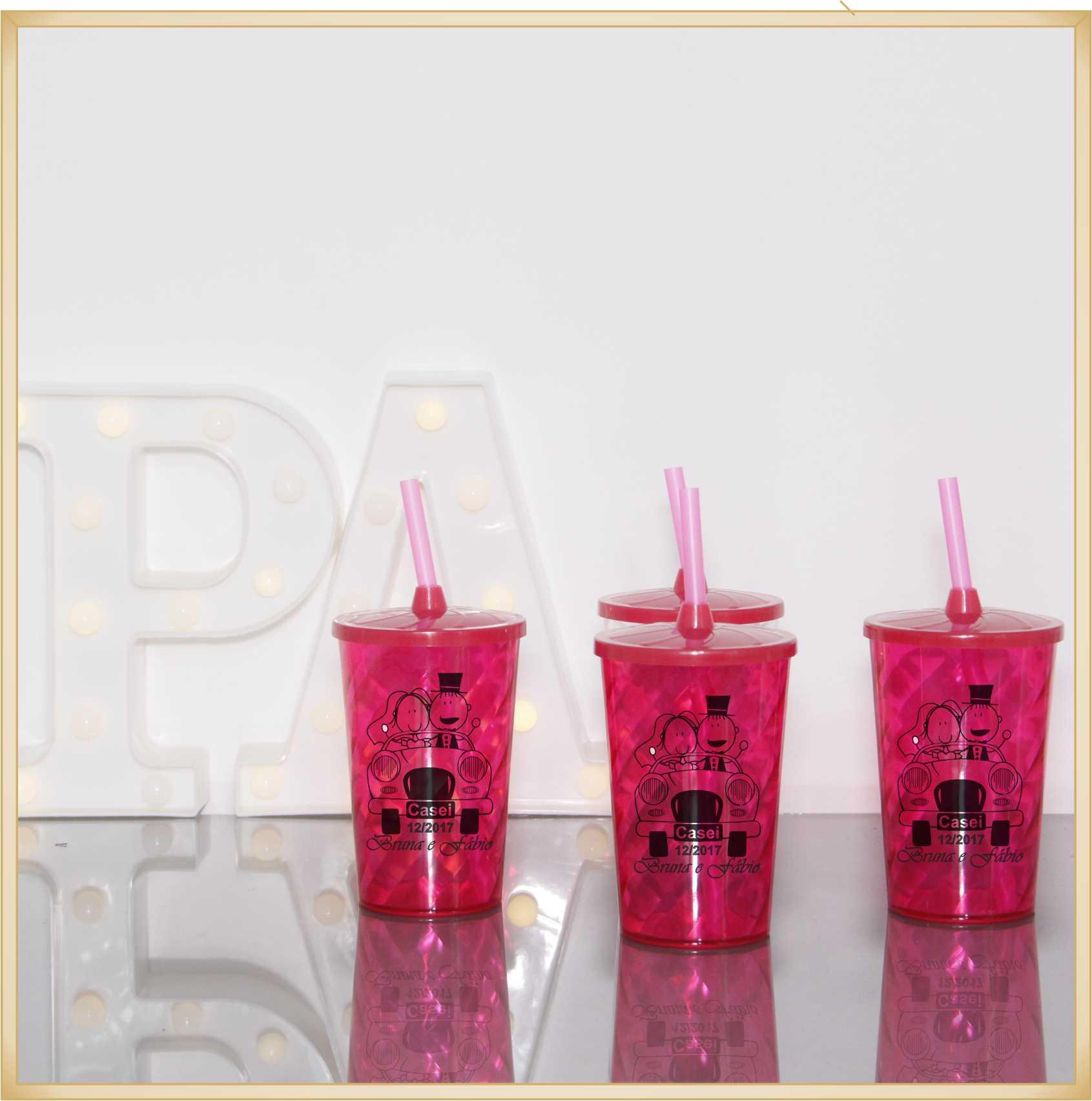 Copos com tampa para lembrancinha casamento brindes personalizados madrinhas noivas