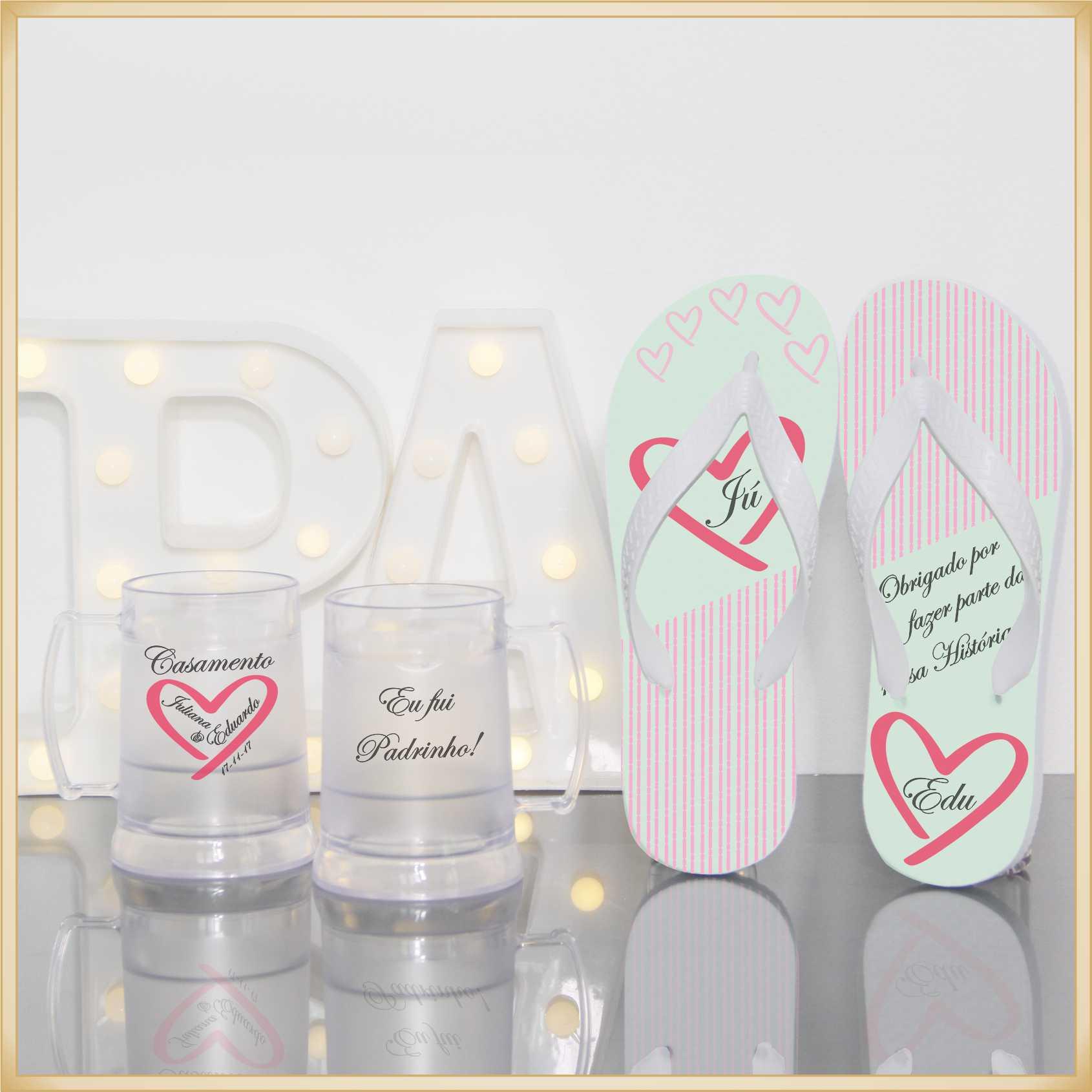 Kit de lembrancinhas para padrinhos de casamento - Chinelos e Canecas Gel - Kit com 05 unidades de cada