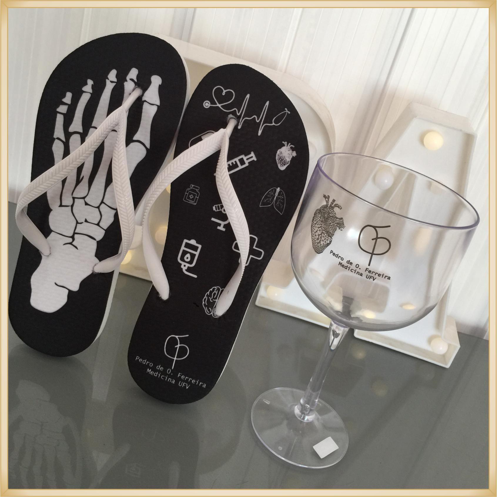 Kit formatura com Taças de Gin + chinelo personalizados - 10 unidades de cada