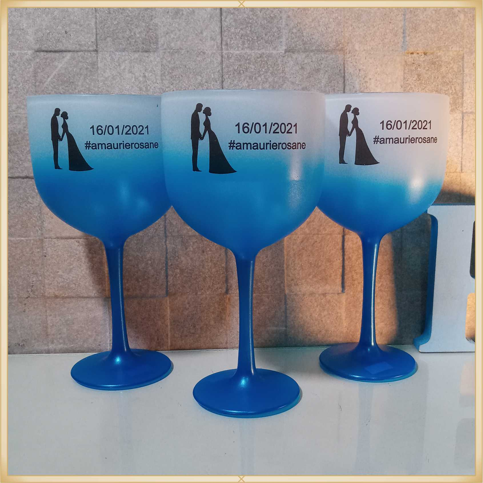Taça de gin Degrade personalizada Casamento - produto de alta qualidade, brilhante, ótimo acabamento, parede 2,5 mm, material atóxico, 580 ml.