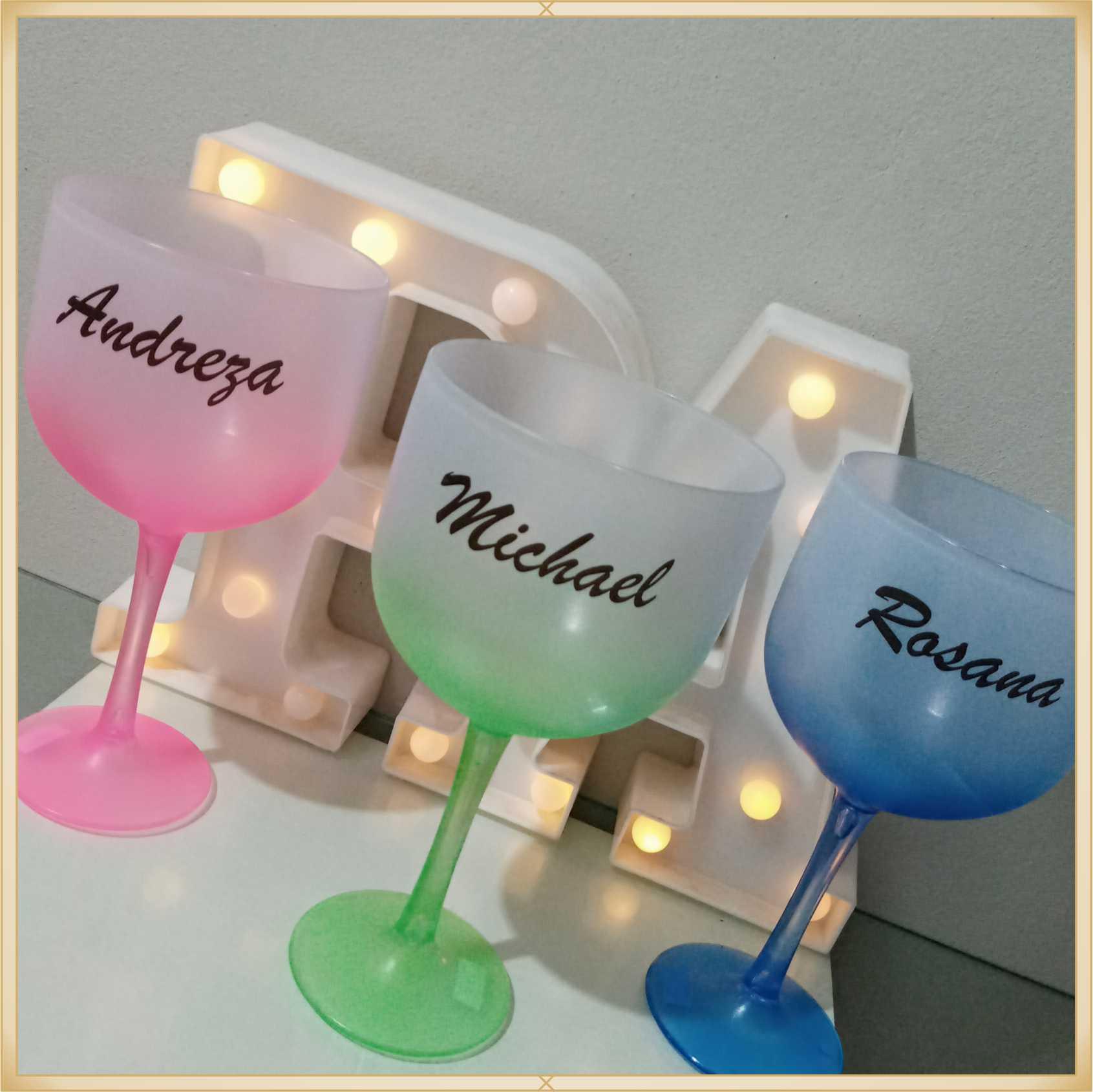 Taças de gin degradê personalizadas - kit com 19 unidades