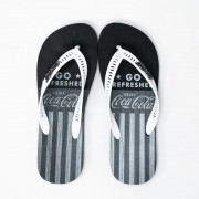 Chinelo Coca Cola CC3035 Timber preto/branco