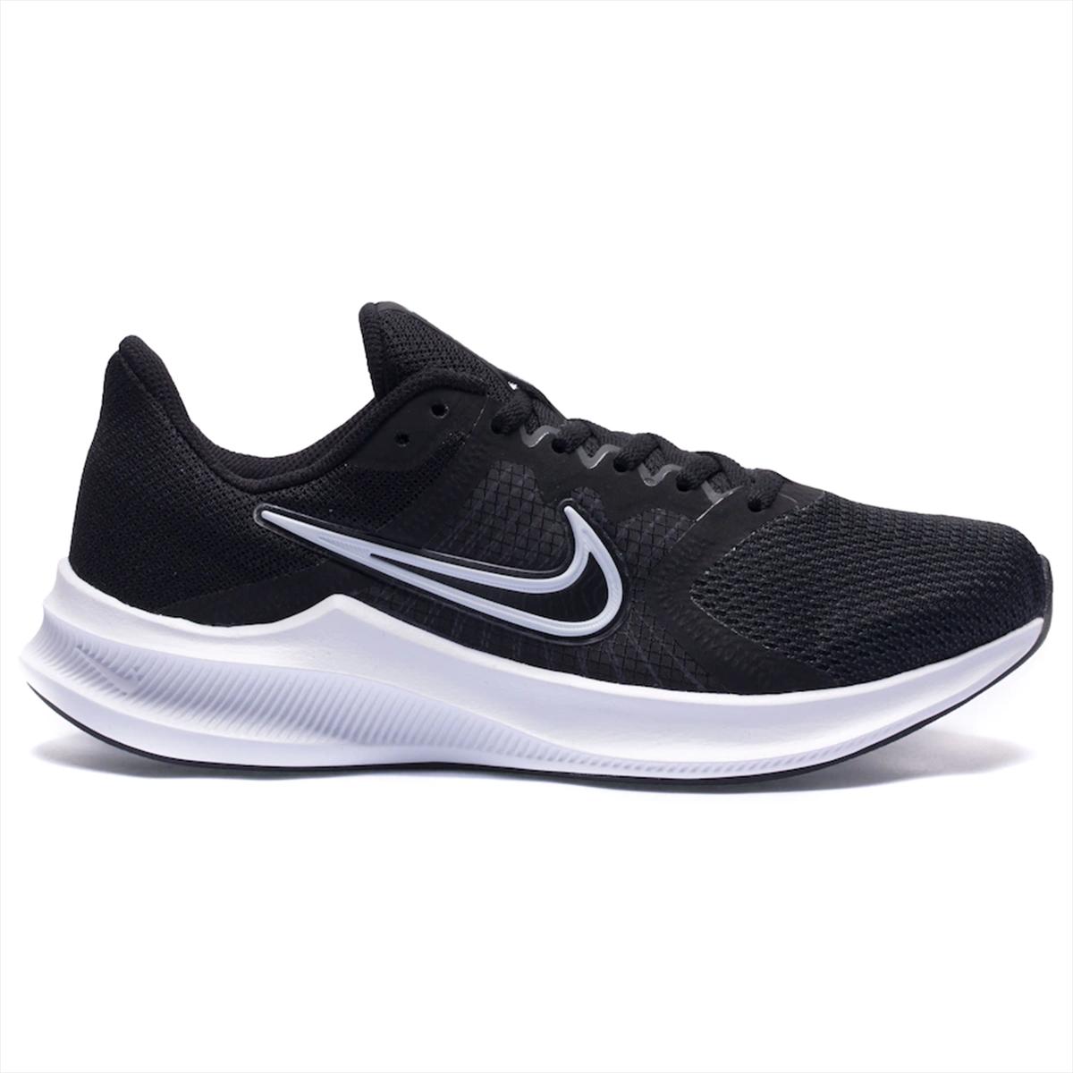 Tênis Nike Downshifter 11 preto e branco